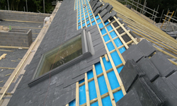 Roofing Services from Acura Build